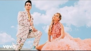 Taylor Swift – ME! ft. Brendon Urie of Panic! At The Disco